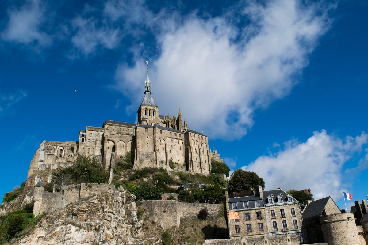 bus from pontorson to mont st michel best photos of bus imagenic org. Black Bedroom Furniture Sets. Home Design Ideas