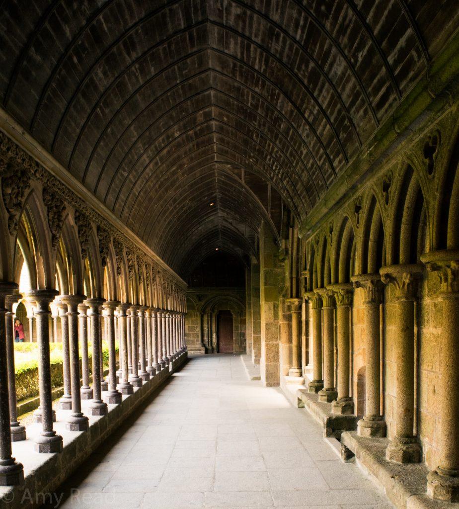 abbey cloister hall color